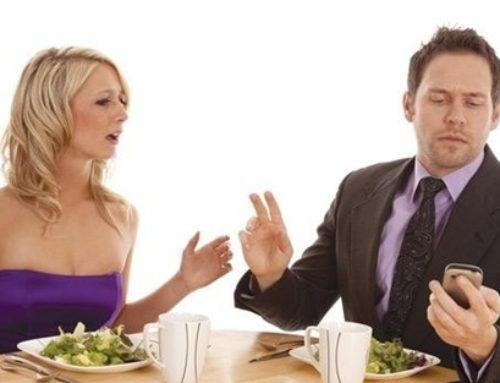 Smartphone litigi e gelosia